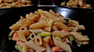penne-salmone-e-zucchine