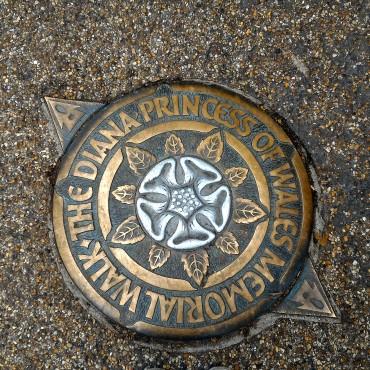 the-diana-princess-of-wales-memorial-walk